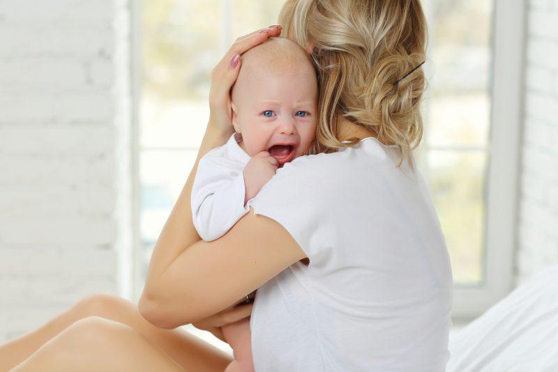 Sposoby na kolkę u niemowlaka